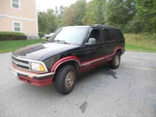 1995 Chevrolet Blazer 4x4 photo