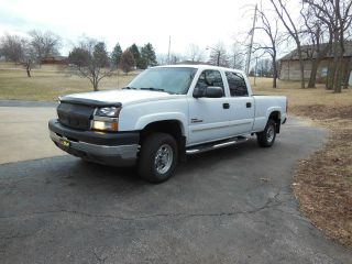 2004 Chevrolet Silverado 2500 Hd Ls Crew Cab Pickup 4 - Door 6.  6l photo