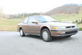 1991 Honda Accord Lx Coupe 2 - Door 2.  2l photo