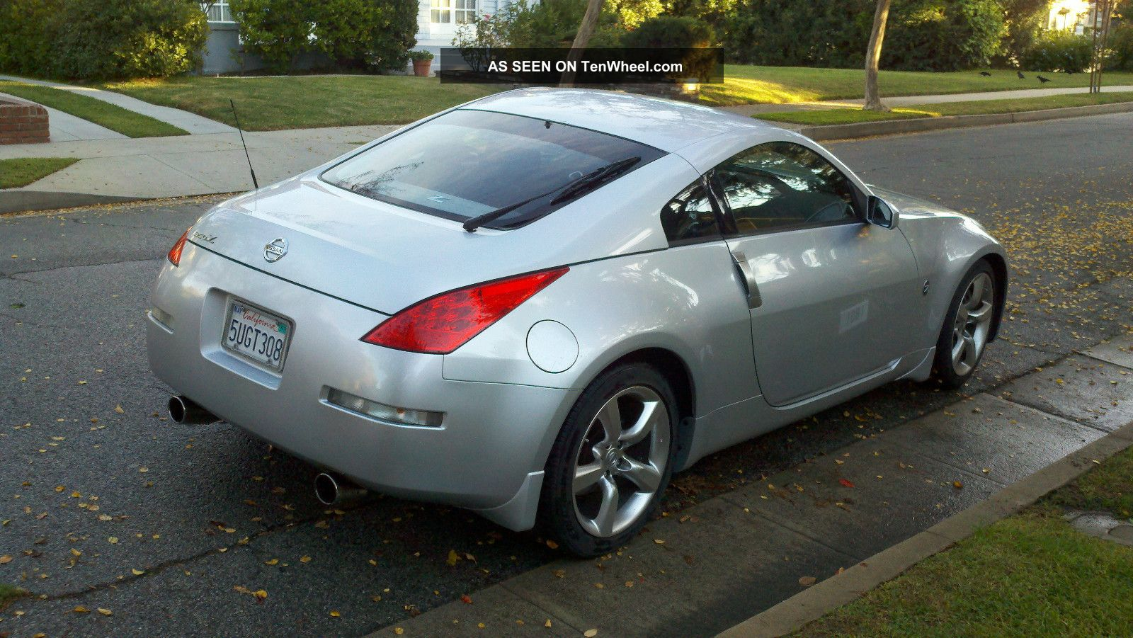 2006 nissan 350z nismo exhaust upgraded stereo. Black Bedroom Furniture Sets. Home Design Ideas