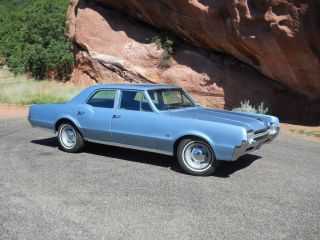 1966 Oldsmobile F - 85 Sedan photo