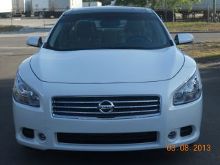2010 Nissan Maxima S With Panoramic And photo