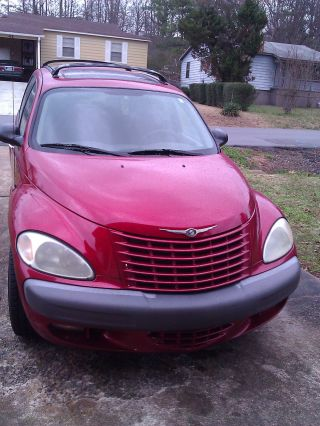 2002 Chrysler Pt Cruiser Limited Edition Inferno Red photo