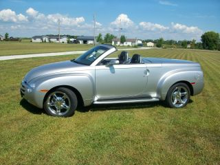 2004 Ssr Convertible Truck - Silver photo