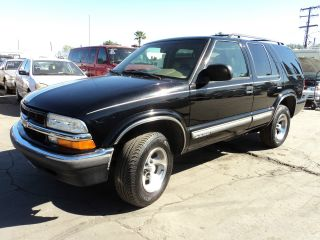 2000 Chevrolet Blazer Lt Sport Utility 4 - Door 4.  3l, photo