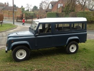 Land Rover Defender Diesel 110 1986 8 - Seater - photo