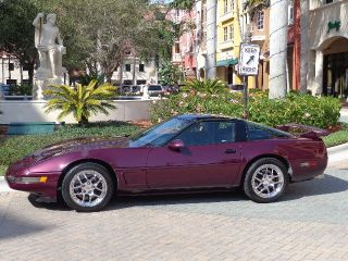 1995 Chevrolet Corvette Hatchback 2 - Door 5.  7l photo