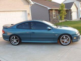 2004 Pontiac Gto Base Coupe 2 - Door 5.  7l photo