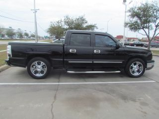 2004 Chevrolet Silverado 1500 Lt Crew Cab Pickup 4 - Door 4.  3l photo