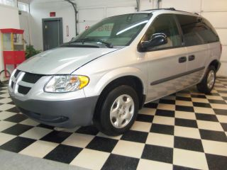 2003 Dodge Caravan Se Mini Passenger Van 4 - Door 3.  3l Rebuilt Title photo