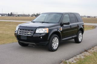 2008 Land Rover Lr2 Se Sport Utility 4 - Door 3.  2l photo