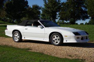 1991 Chevrolet Camaro Z28 Convertible photo