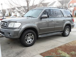 2004 Toyota Sequoia Limited Sport Utility 4 - Door 4.  7l photo