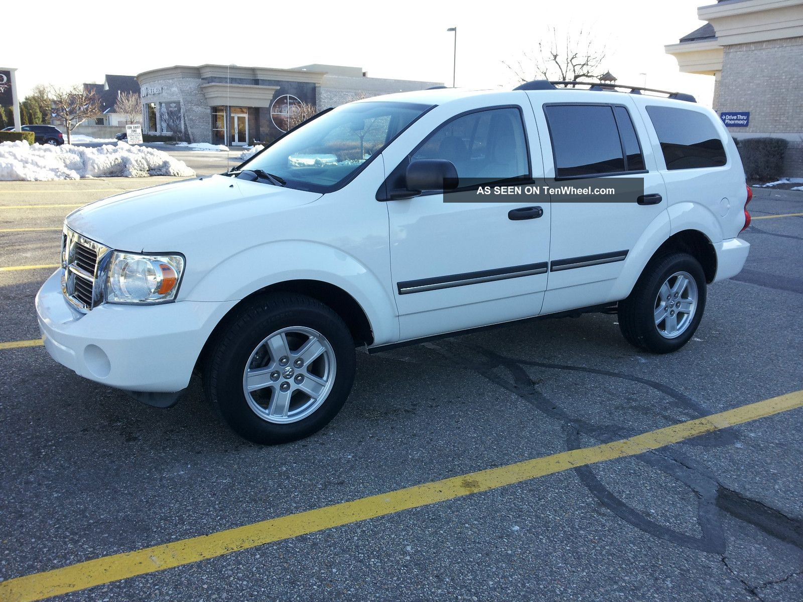 2008 Dodge Durango Slt Sport Utility 4 - Door 4.  7l Durango photo