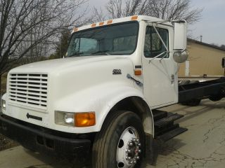 2000 Int 4700,  Allison,  Cab & Chassis,  Good Tires photo