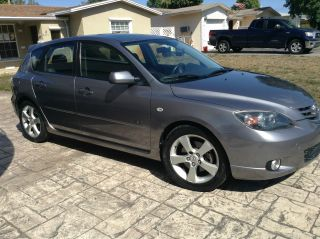 2006 Mazda 3 S Hatchback 4 - Door 2.  3l photo