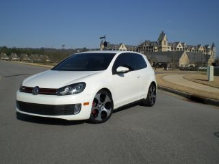 2010 Volkswagen Gti Turbo photo