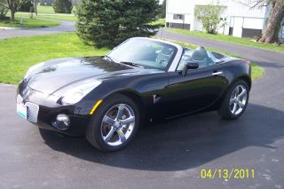 2006 Pontiac Solstice 2 Door Convertible photo