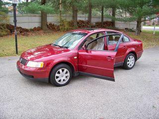 1999 Volkswagen Passat Gls Sedan 4 - Door 2.  8l photo