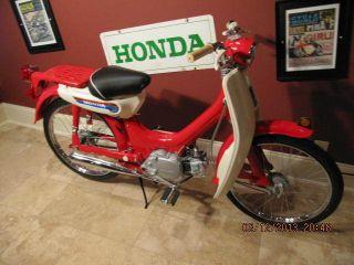 Honda 1970 Pc50 Museum Quality Build photo