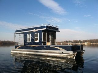 2013 Grand Island 32 House Boat photo