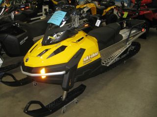 2013 Ski - Doo Skandic Tundra Lt 550f Electric Start photo
