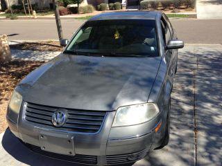 Volkswagen Passat (2003) photo