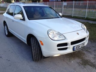 2005 Porsche Cayenne Base Sport Utility 4 - Door 3.  2l Must Sell photo
