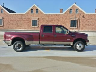 2006 Ford F350 Duty Crew Pickup Diesel Lariat photo