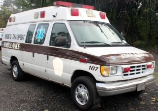1999 Ford E - 350 Econoline Xl Extended Cargo Van 2 - Door 7.  3l Ambulance photo