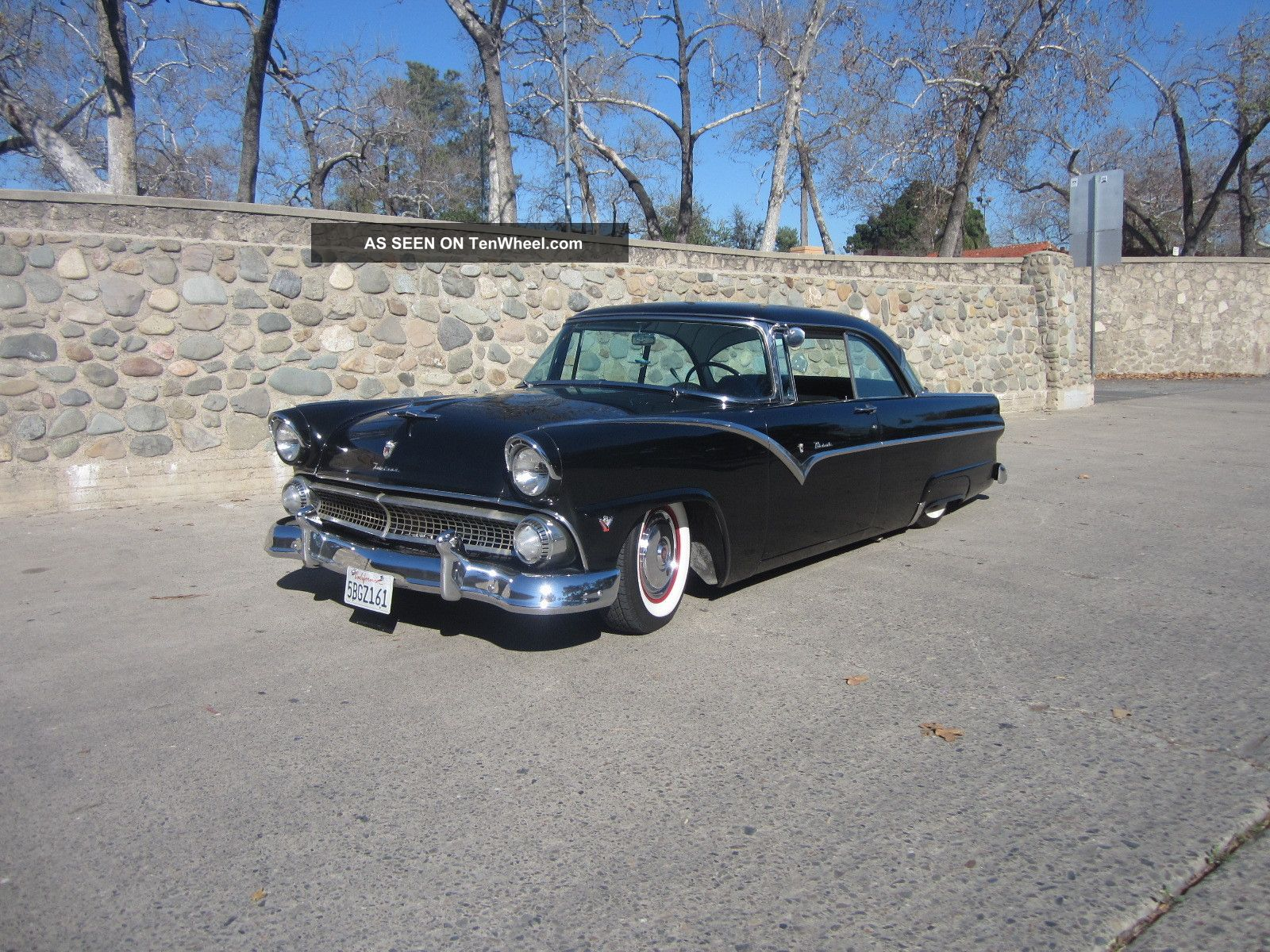 1955 ford fairlane victoria two door hardtop for 1955 ford fairlane 4 door