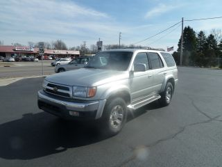 2000 Toyota 4runner Sr5 Sport Utility 4 - Door 3.  4l photo