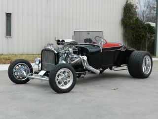 1927 Model T Roadster photo