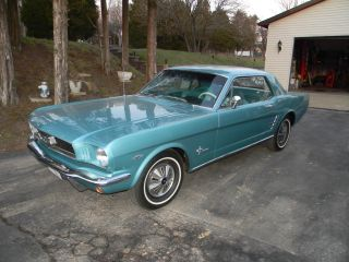 1966 Ford Mustang. . .  A Beauty photo