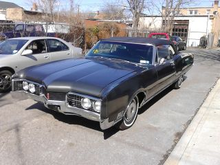1967 Oldsmobile 98 Convertible - photo