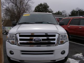 2009 Ford Expedition Xlt Sport Utility 4 - Door 5.  4l photo