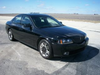 2004 Lincoln Ls Base Sedan 4 - Door 3.  9l photo