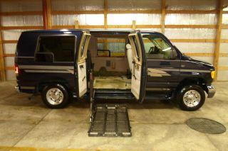 2003 Ford E - 250 Wheelchair Handicap Van Lowered Floor Transfer Seat Auto Doors photo
