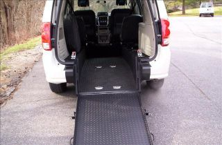 2011 Dodge Grand Caravan Wheelchair Handicapped Rear Entry Accessible Van 43k Mi photo
