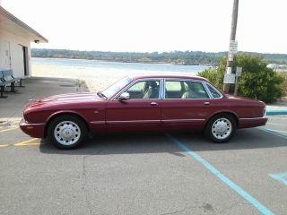 2000 Red Jaguar Xj8 Vanden Plas photo