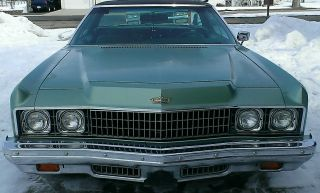 1973 Chevrolet Caprice Classic Sedan 4 - Door 6.  6l photo