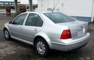 1999 Volkswagen Jetta 4dr Manual Transmission photo