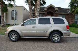 2009 Chrysler Aspen Limited Sport Utility 4 - Door 5.  7l photo