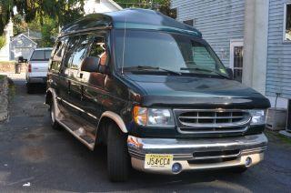2000 Ford E - 150 Sherrod Raised Conversion Van photo