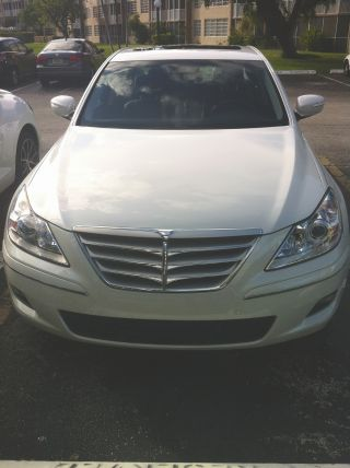 2011 Hyundai Genesis 4.  6 Sedan 4 - Door 4.  6l photo