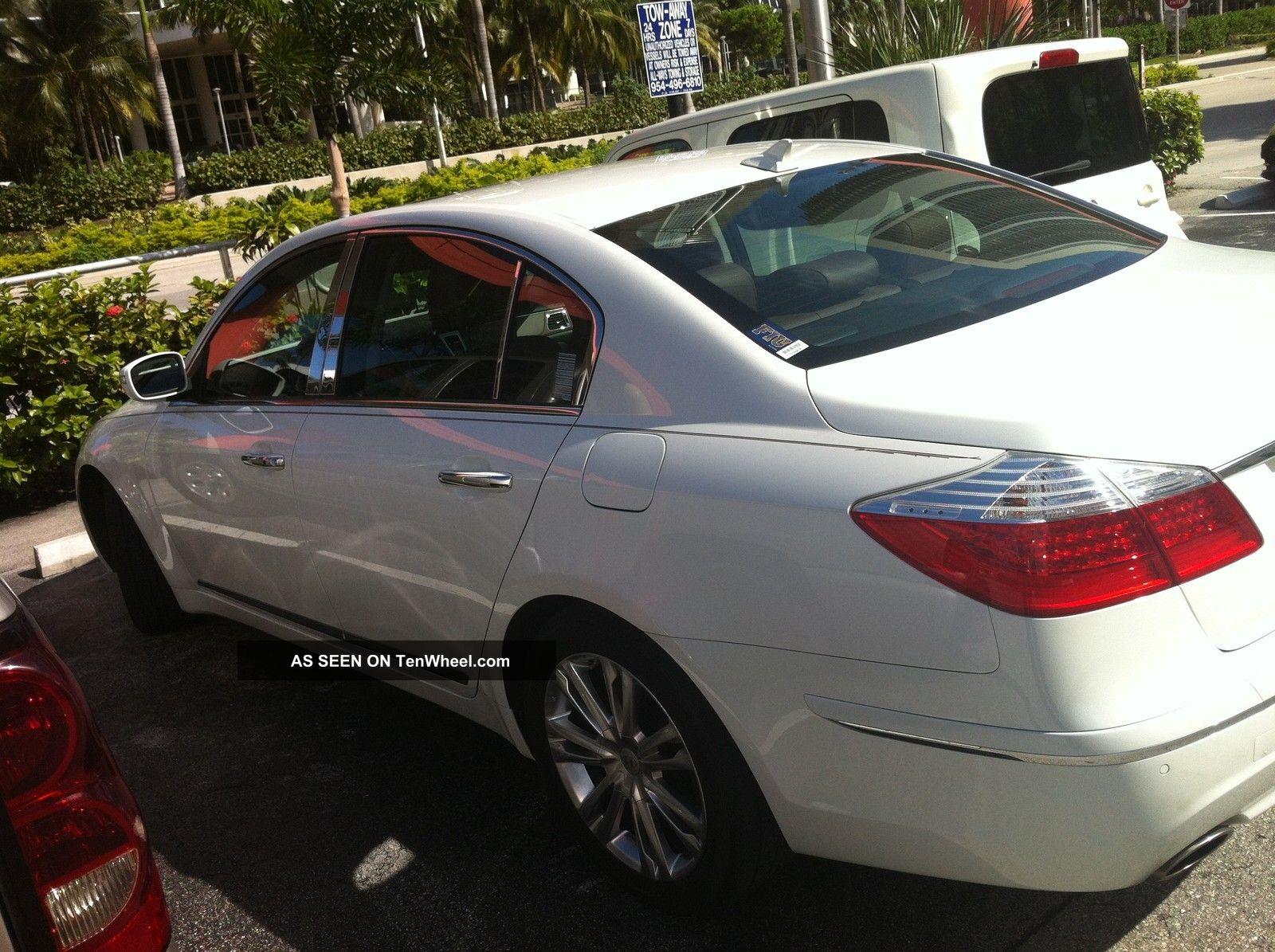 2011 Hyundai Genesis 4 6 Sedan 4 Door 4 6l