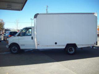 2001 Gmc Savana 3500 Base Cutaway Box Van 2 - Door 5.  7l 14 ' Box Rust - photo