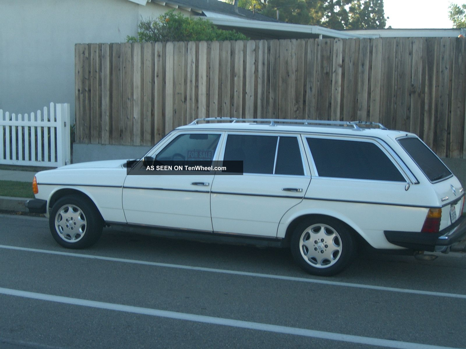 1985 Mercedes 300td Eurostyle Estate Wagon With Lovecraft