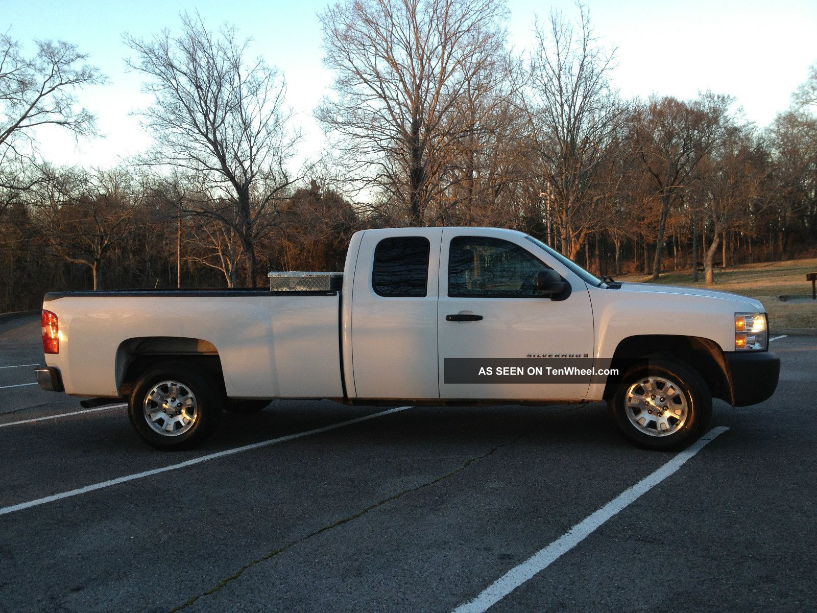 2008 chevrolet silverado 1500 extended cab pickup 4 door 5 3l v8. Black Bedroom Furniture Sets. Home Design Ideas