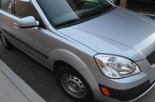 2008 Kia Rio Base Sedan 4 - Door 1.  6l photo